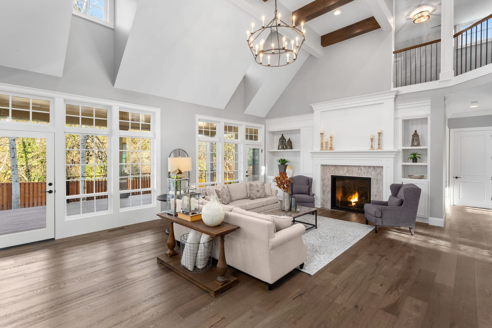 Compass' Greenwich Q2 Market Report: Significant YOY Increase in Luxury Home Sales Over $6M
