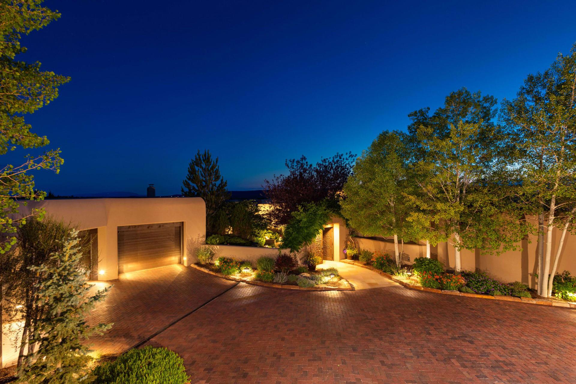 Luxury Homes Soaring
