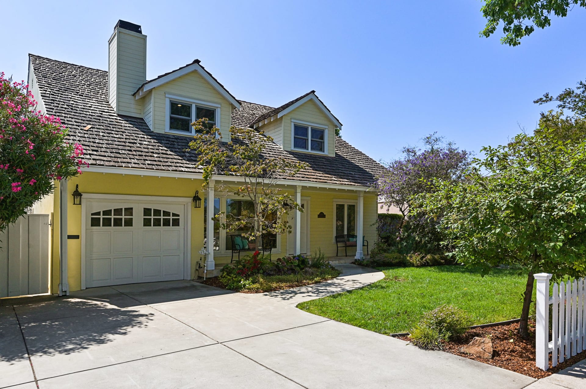 2423 Massachusetts Avenue, Redwood City, California video preview