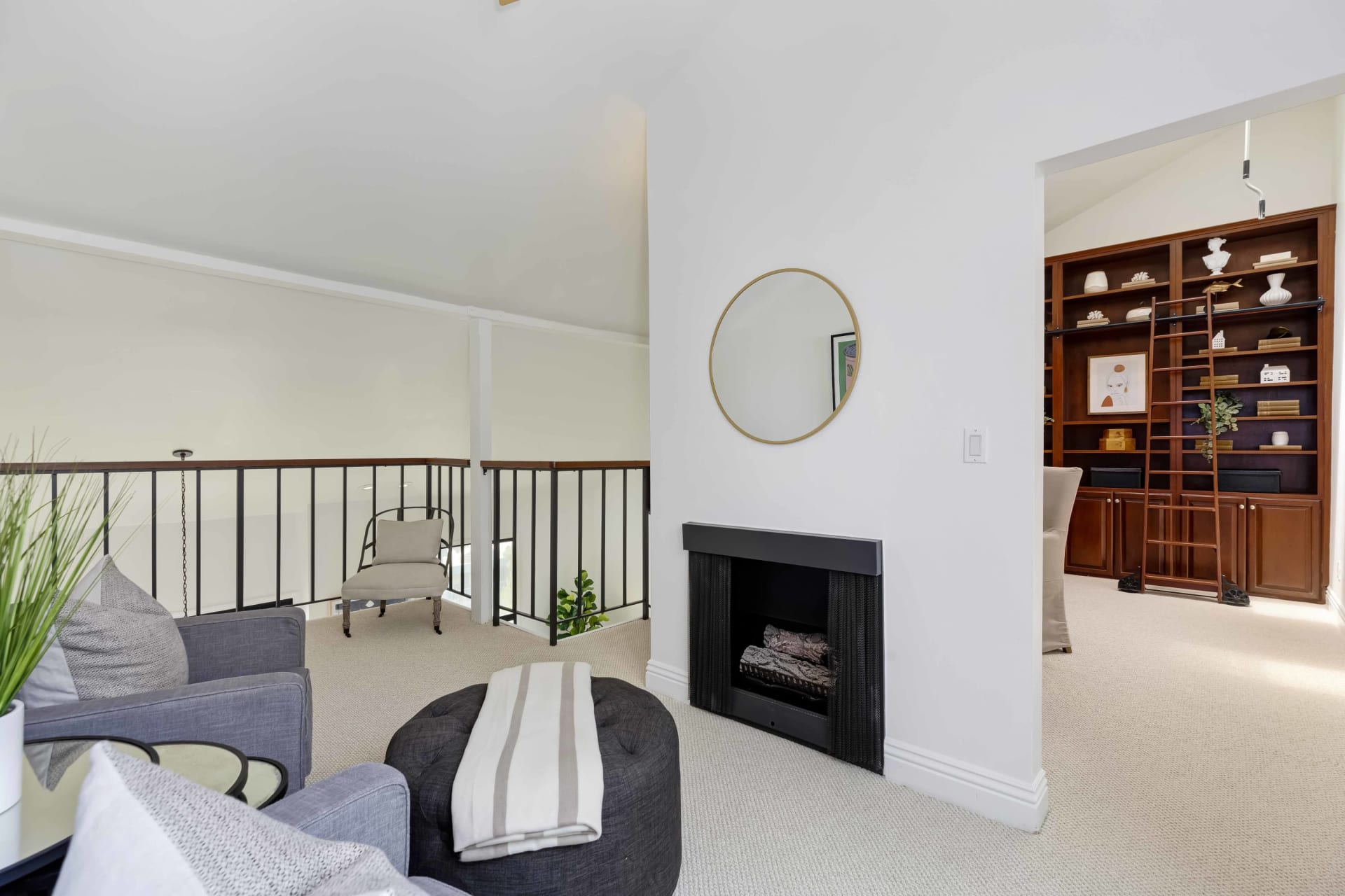 In Escrow | 15515 Sunset Blvd. #311 photo