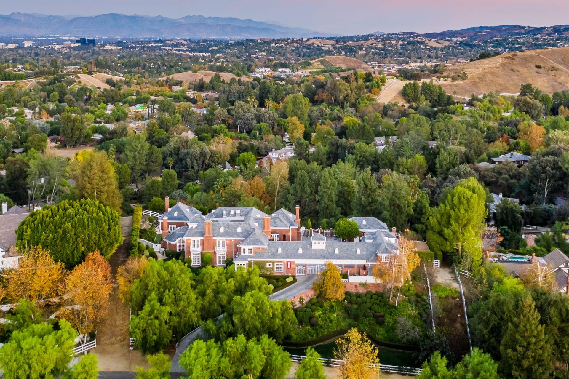 Hidden Hills Manor