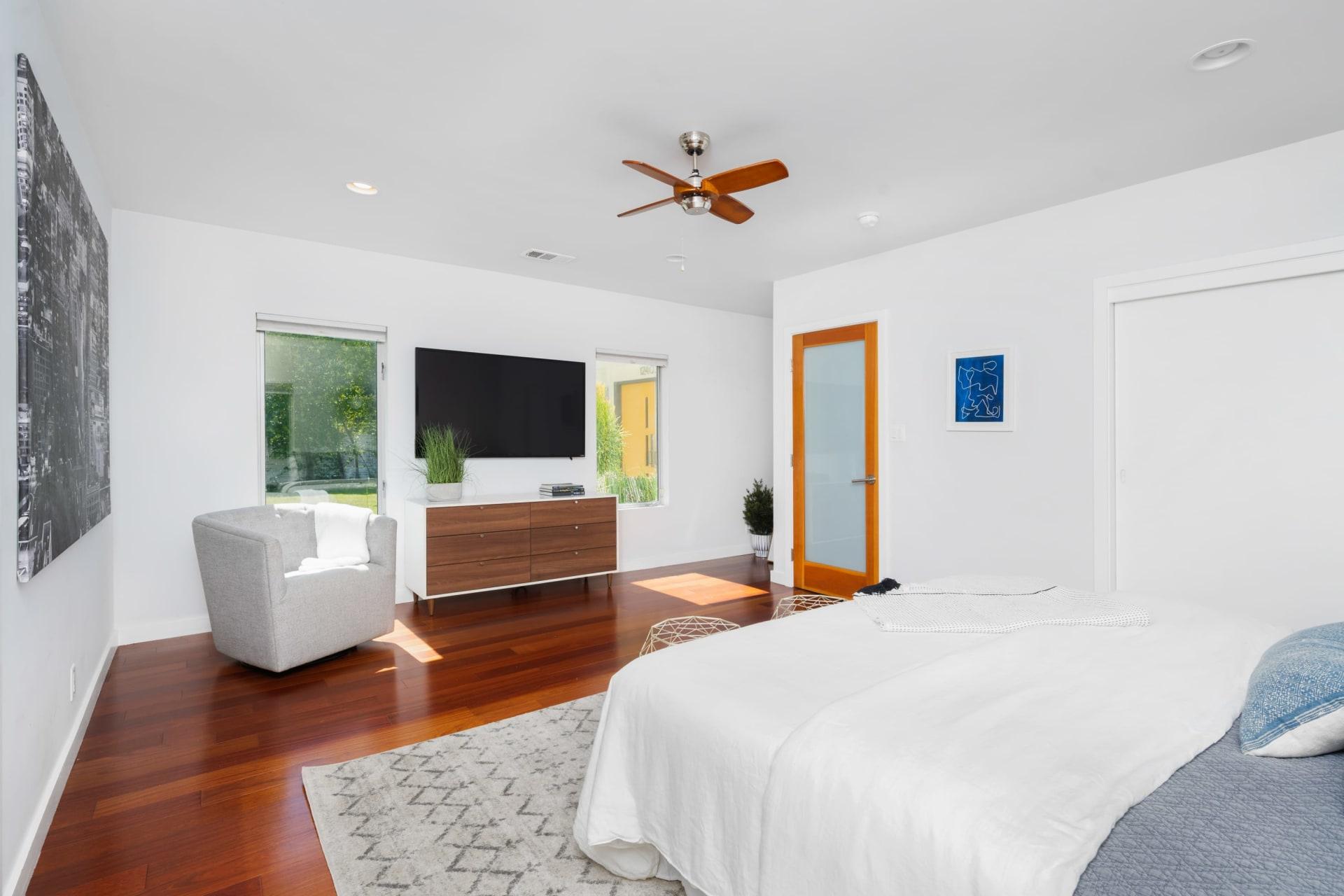 12405 Laurel Terrace Dr photo