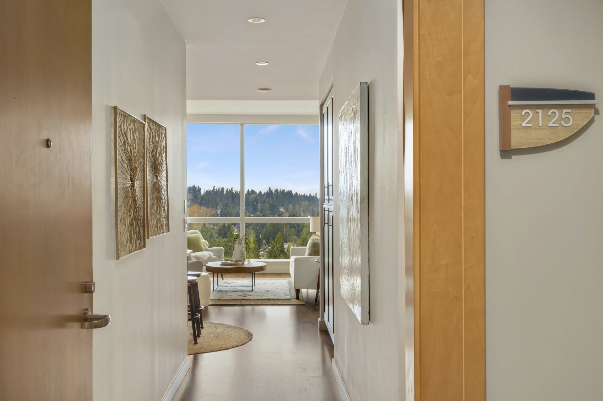 $875,000 / 10650 NE 9th Place #2125 Bellevue, 98004  image