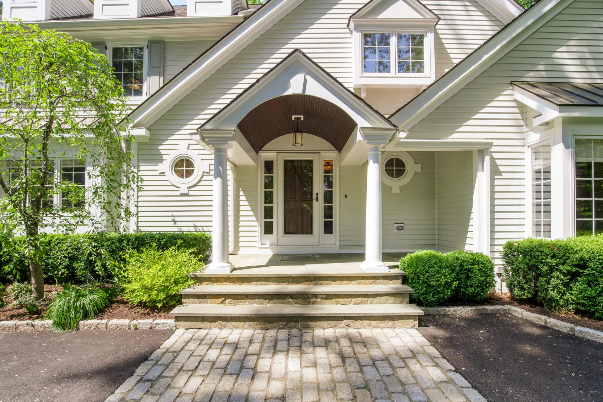 10 Hycliff Road, Greenwich, CT 06831
