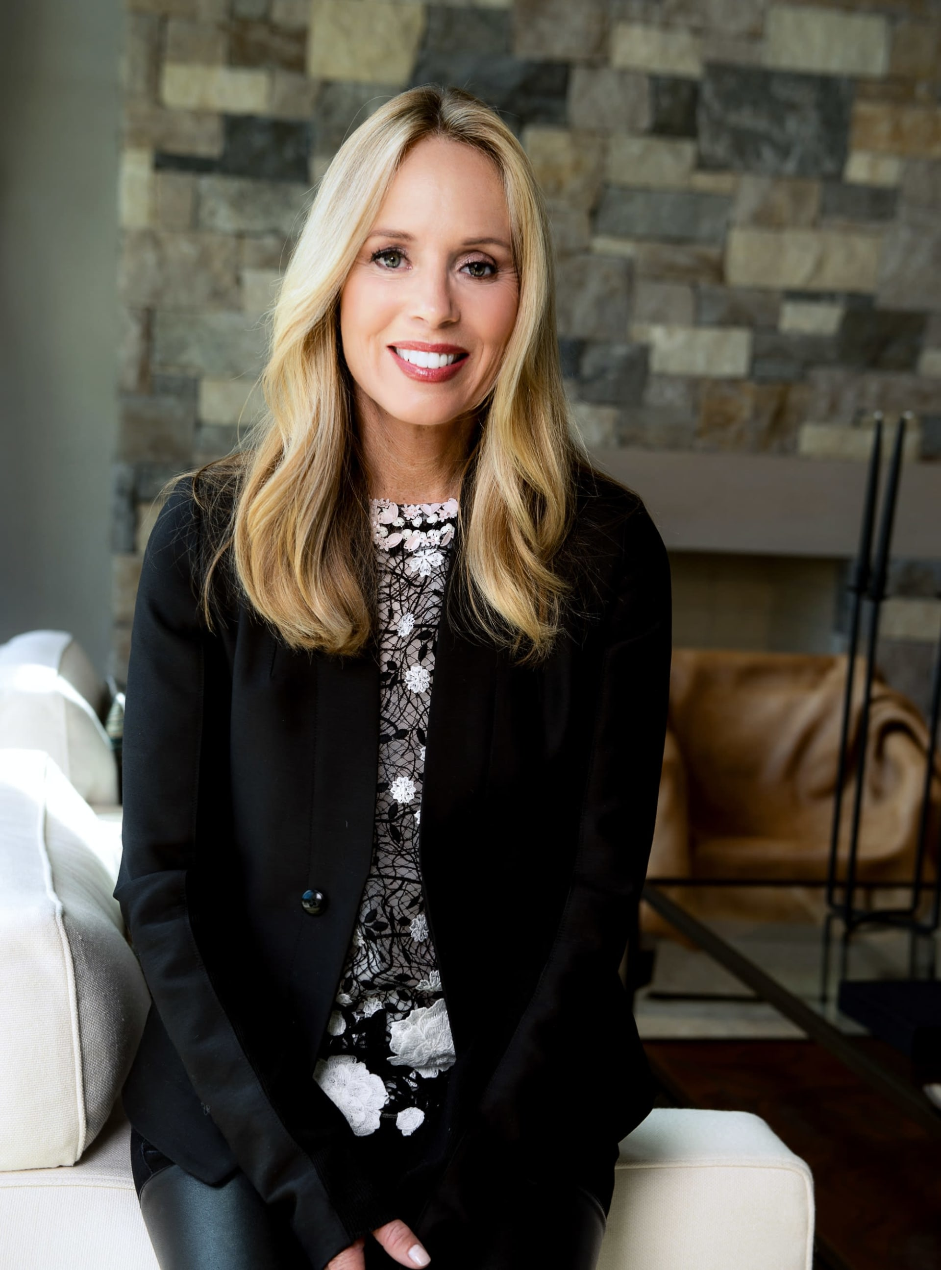 CARRIE WELLS: RANKED #1 FOR COLDWELL BANKER GLOBALLY IN 2020!