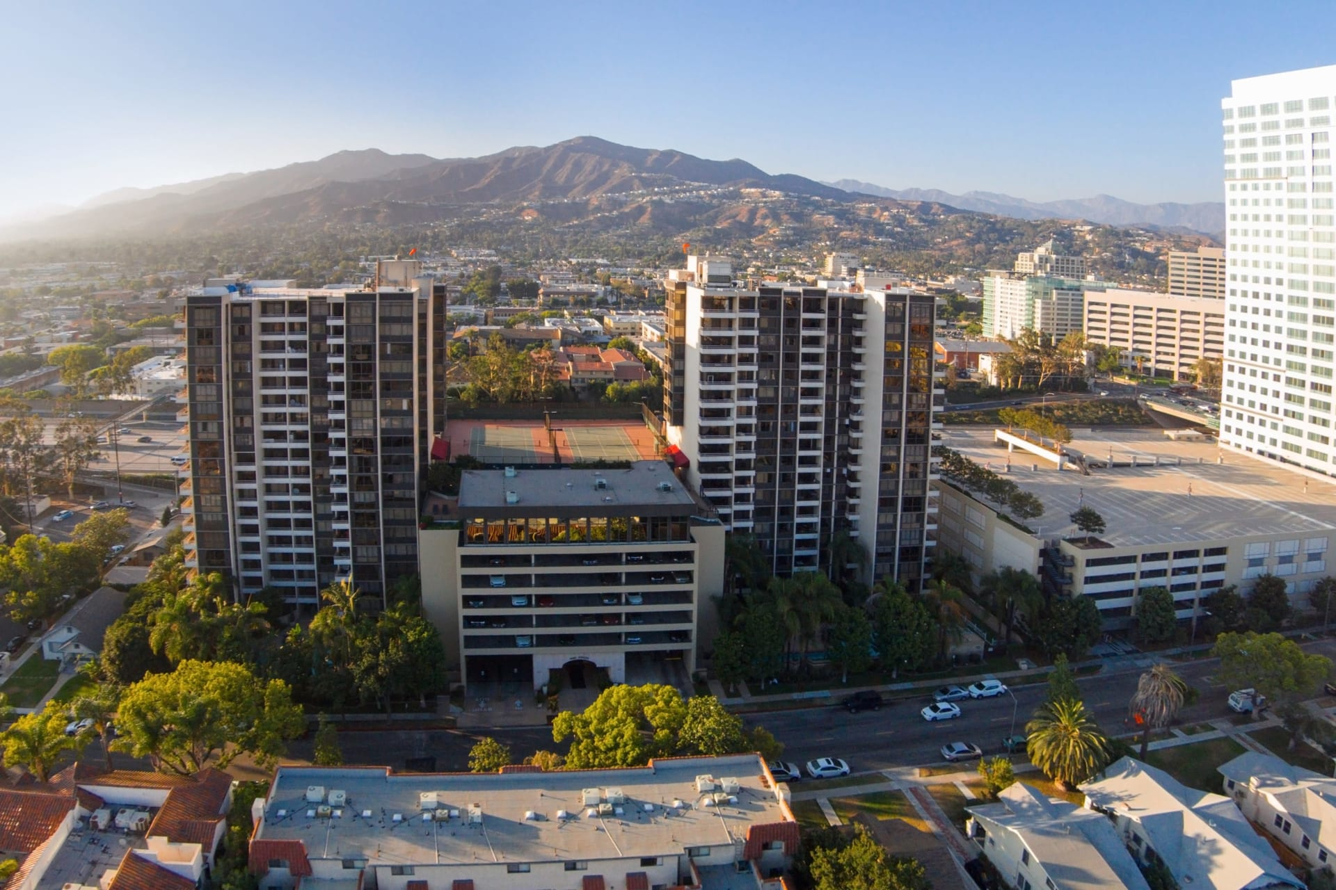 SOLD BY EDWIN ORDUBEGIAN! Urban Living! 345 Pioneer Dr # 501W Glendale, CA video preview