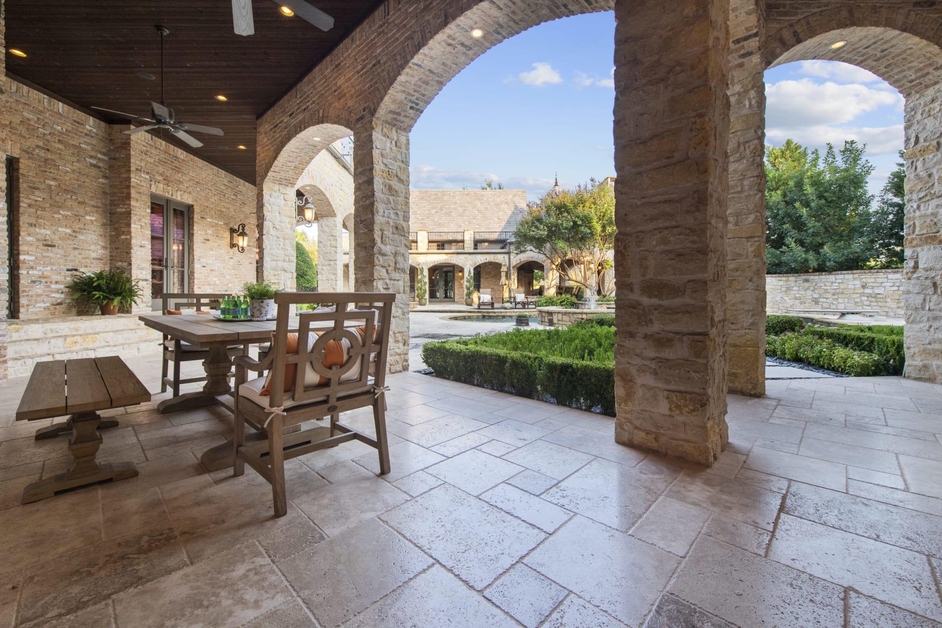 Estate Living in Montserrat photo