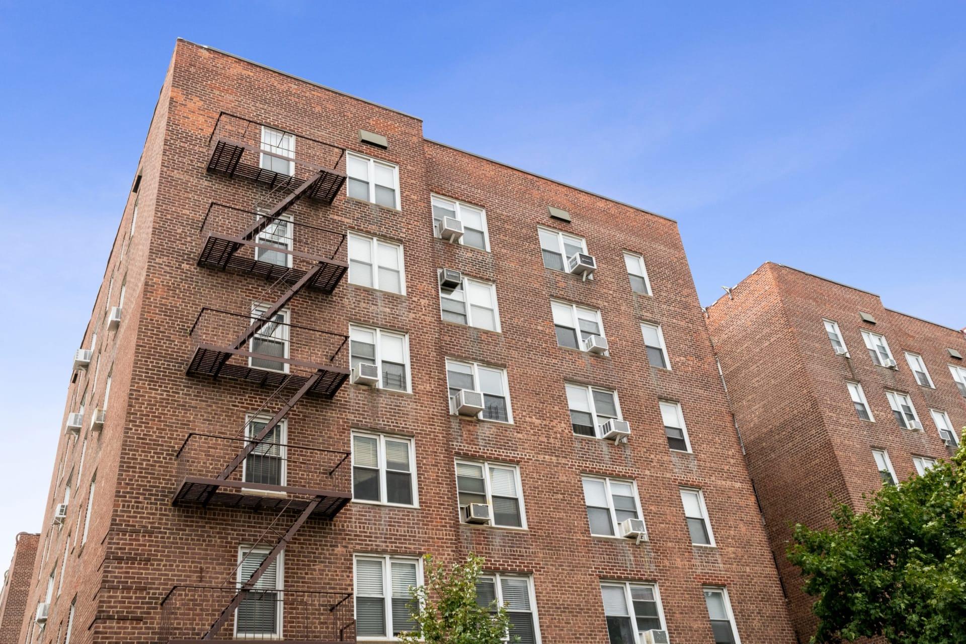 33-44 93rd Street, Unit 3N photo