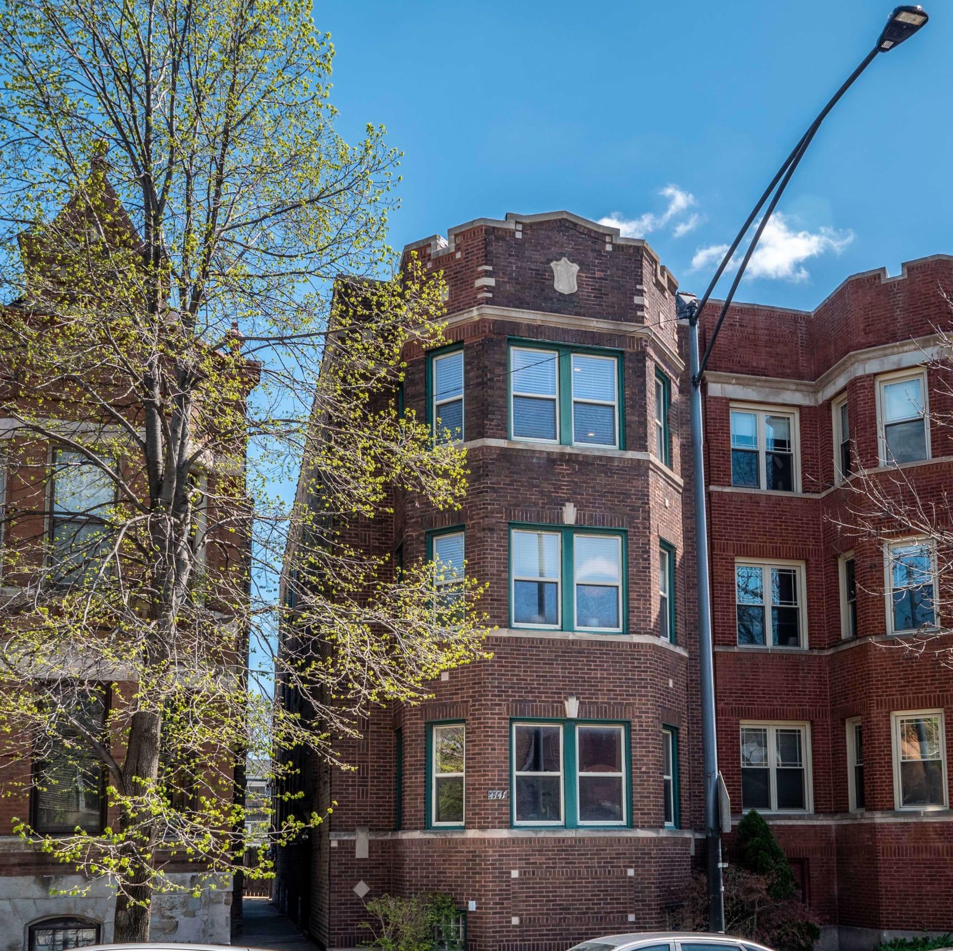 4141 N Ashland Ave, Unit 3 photo