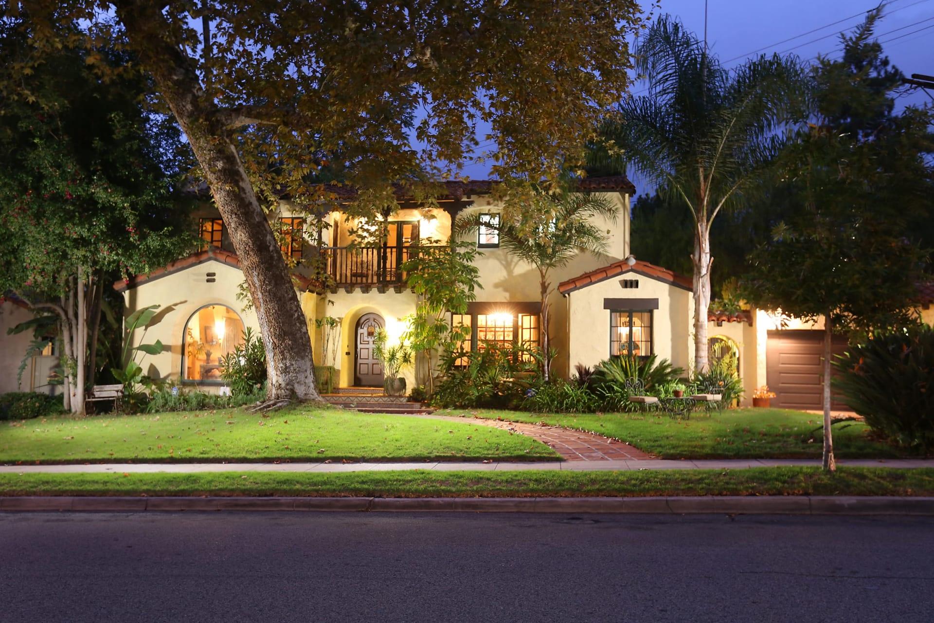 SOLD BY EDWIN ORDUBEGIAN | 1251 Rossmoyne Ave. Glendale. Character Spanish House in Glendale video preview