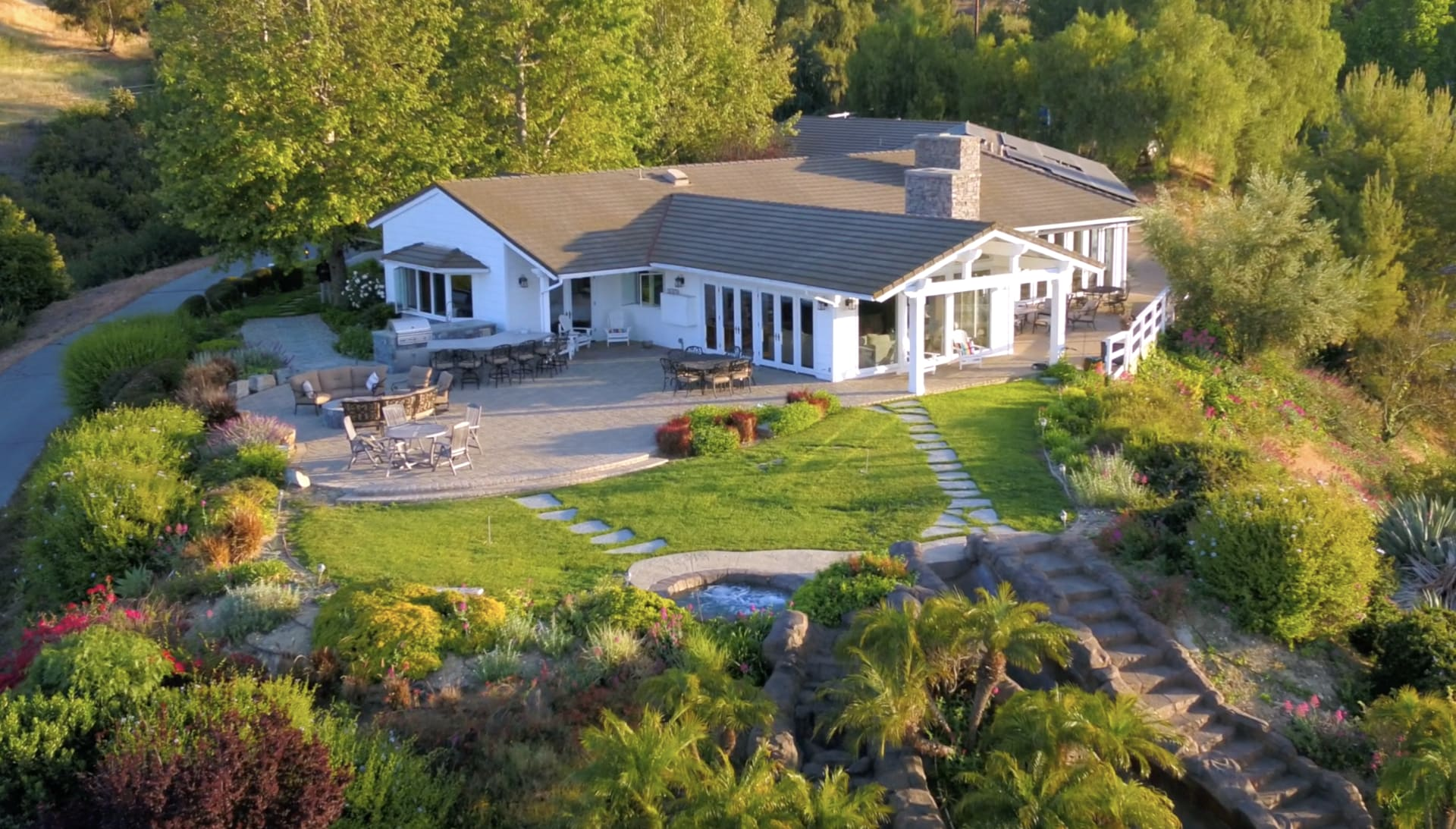 5 Lower Blackwater Canyon Road, Rolling Hills video preview