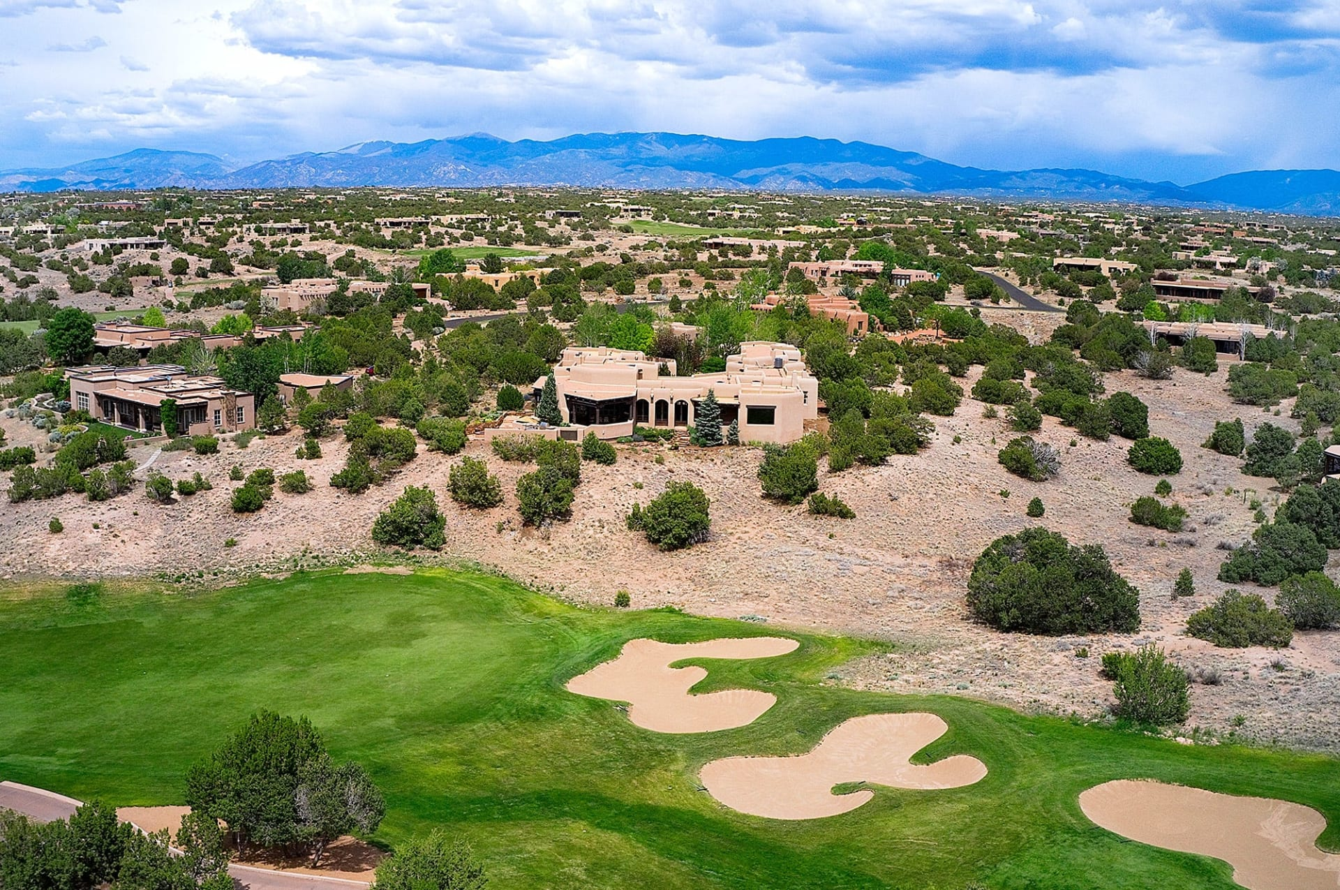 Santa Fe Luxury Second Home Market is Strong