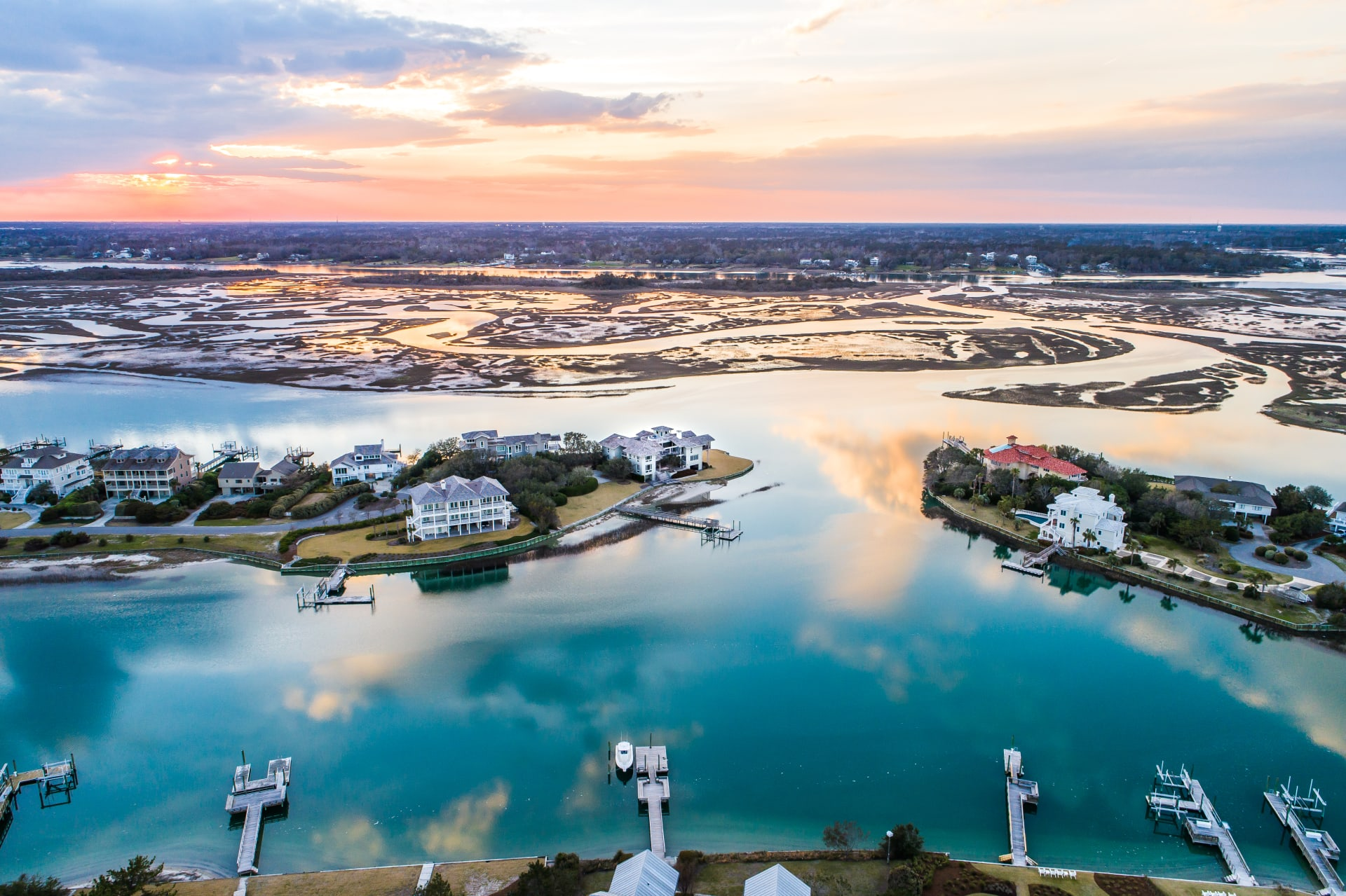 10 Reasons You'll Fall In Love With Figure Eight Island