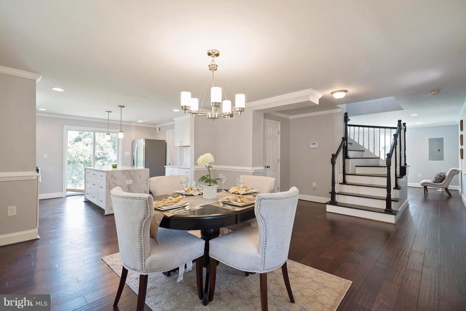 9910 Croom Rd preview