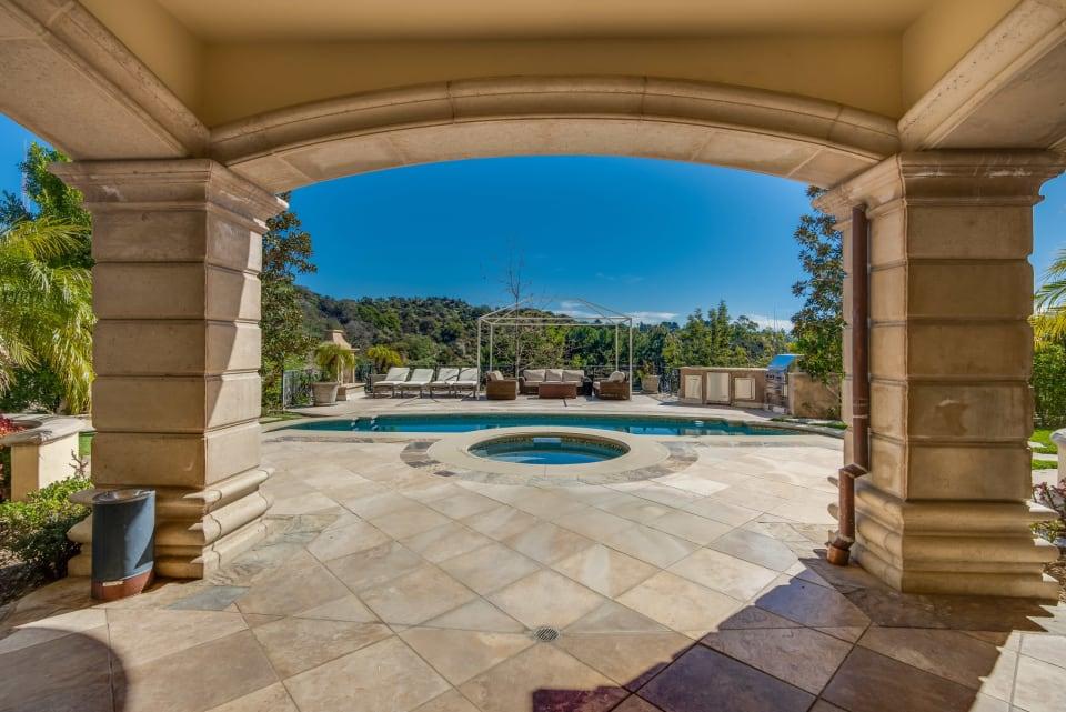 Elegant Tuscan Villa