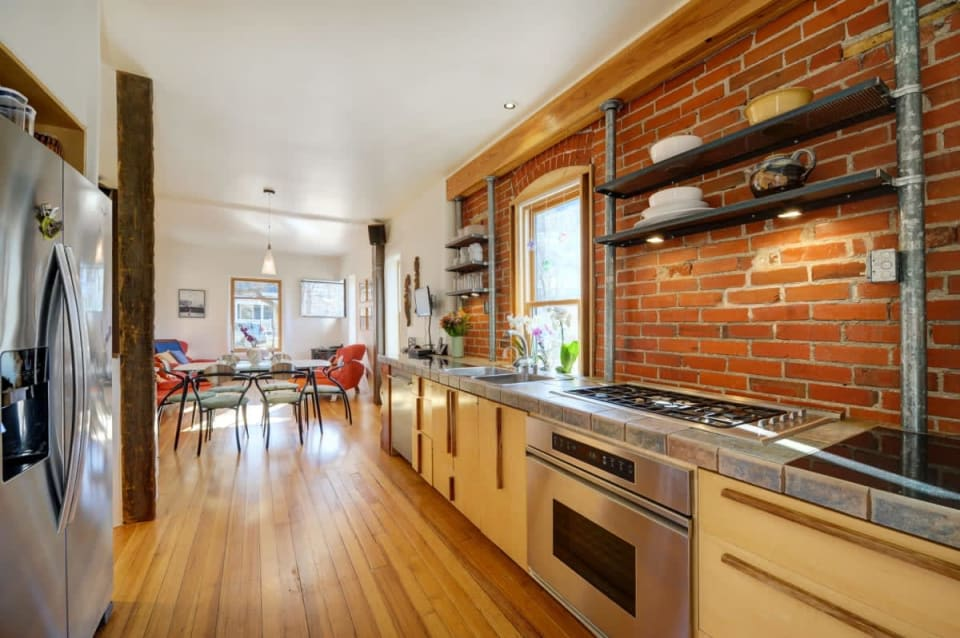 465 Marine Street preview