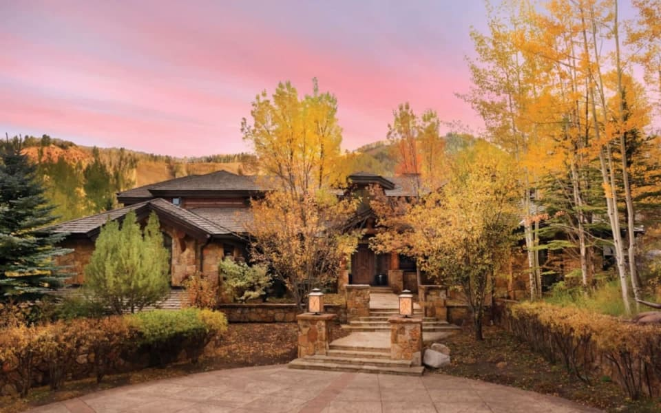 These Colorado Dream Homes Are All We Want for Christmas cover