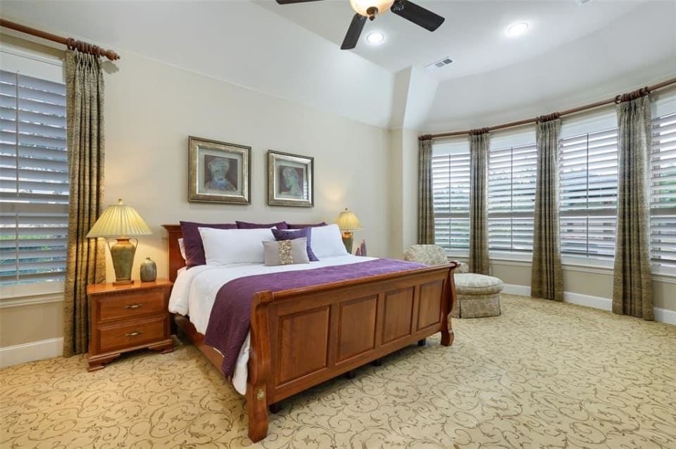 1100 Stone Cottage Ln preview
