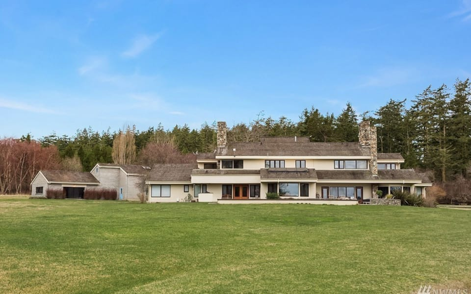 A $20M Estate With Its Own FAA-Approved Airstrip Is for Sale