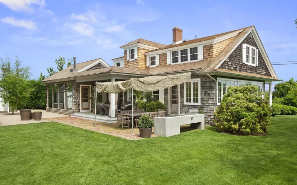 Sagaponack compound with century-old farmhouse comes on the market for $9.95M