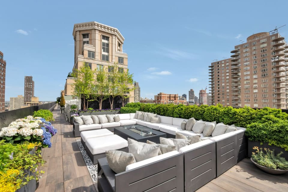 Sumptuous Upper East Side Triplex Penthouse Seeks $16.95m
