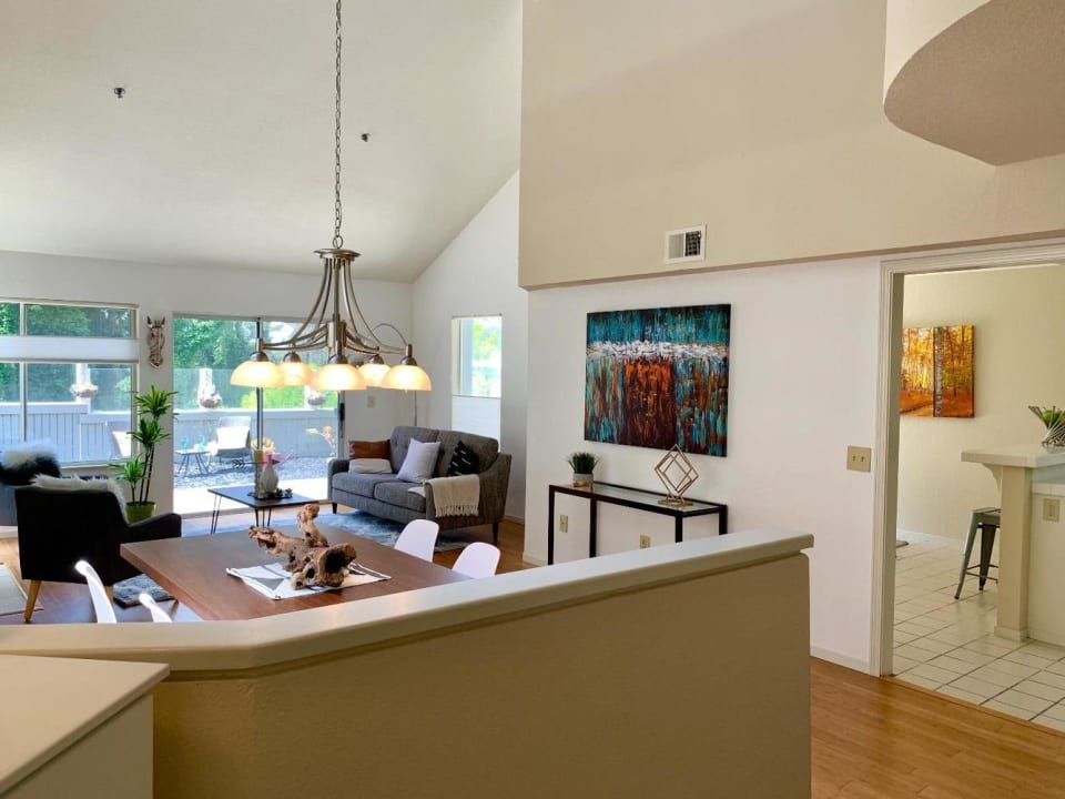 258 Greenview Dr preview