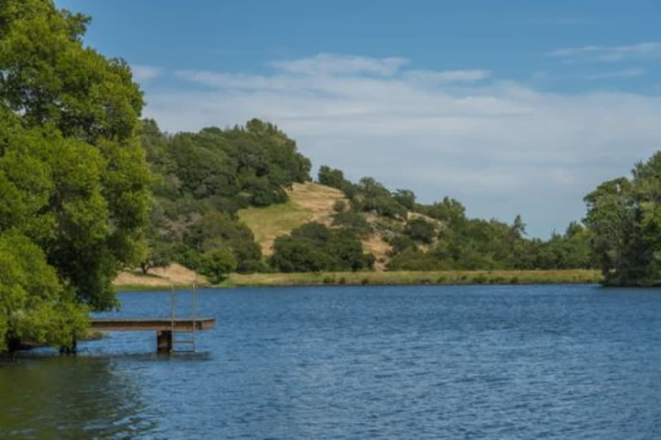 Large Napa County ranch, used communally for 42 years, sold for $15.7 million