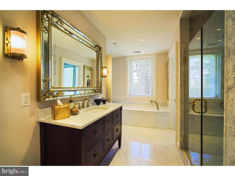 437 W Chestnut Hill Ave preview