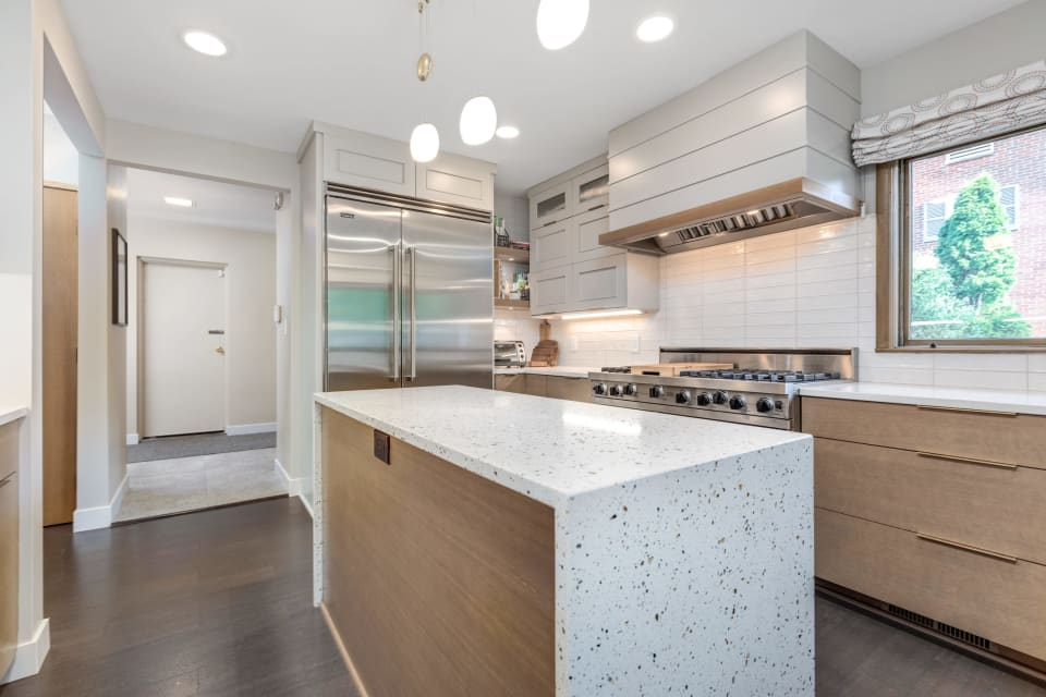 Gorgeous Midcentury in Palmer Woods Sells for $735k