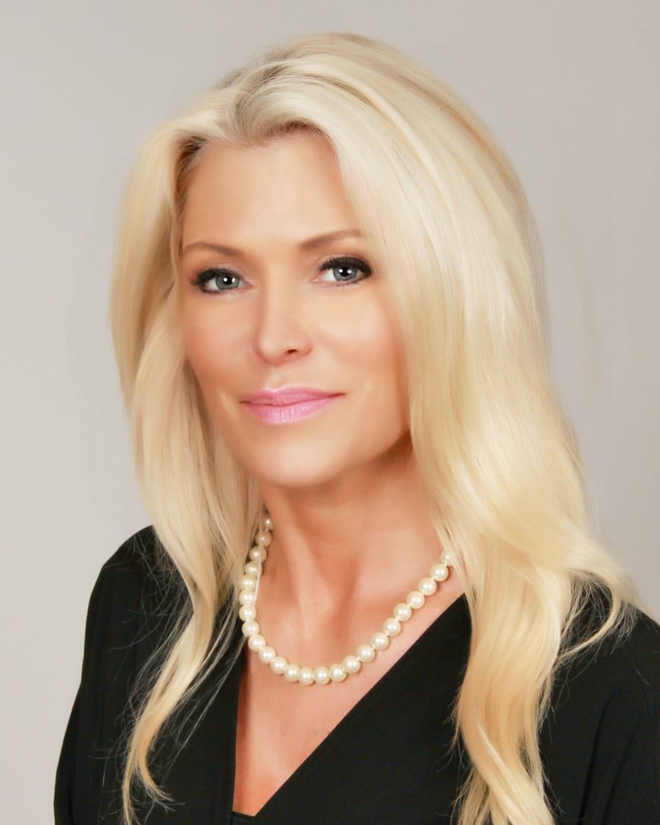 Pamela Helm