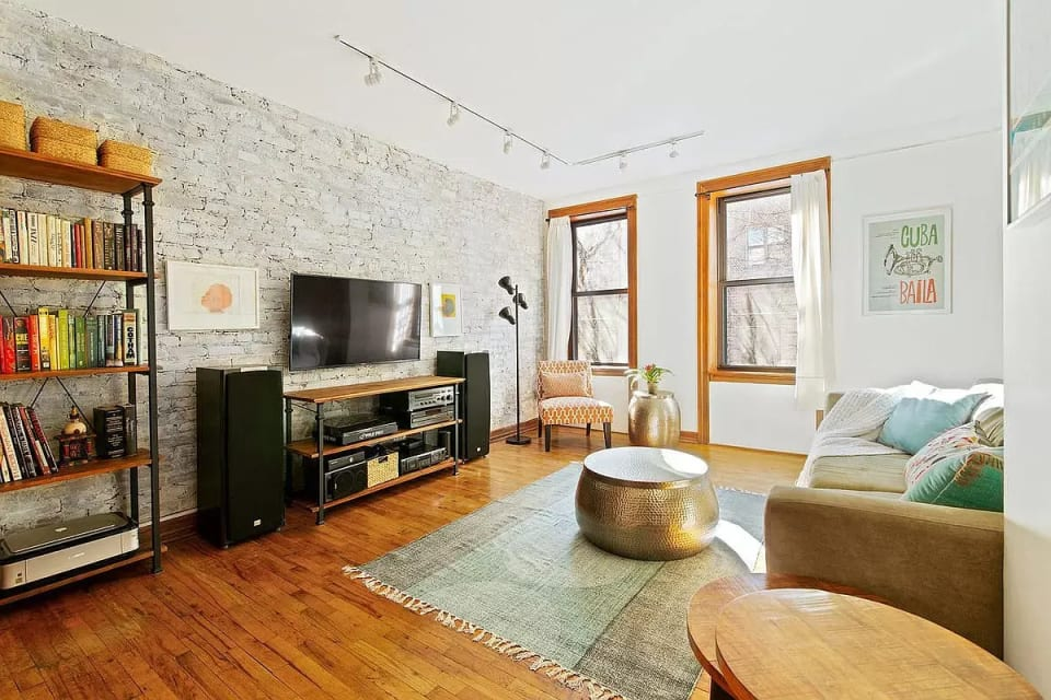 375 Lincoln Pl APT 3I preview