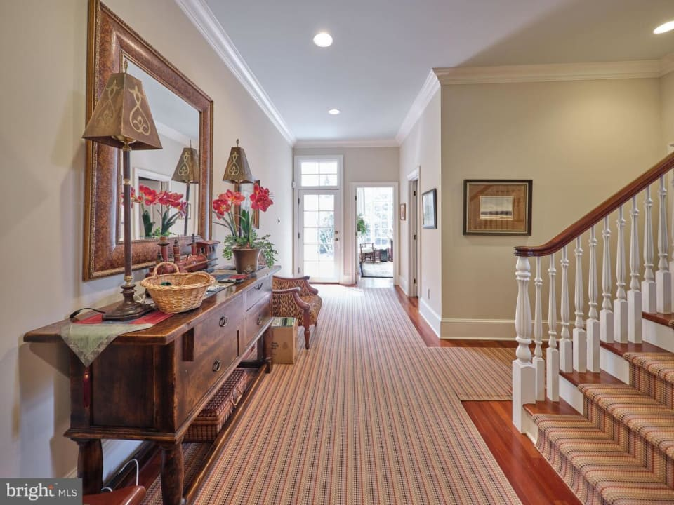 1325 Waverly Rd preview