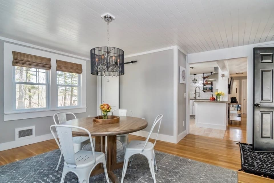 7 Manor Avenue, Natick preview