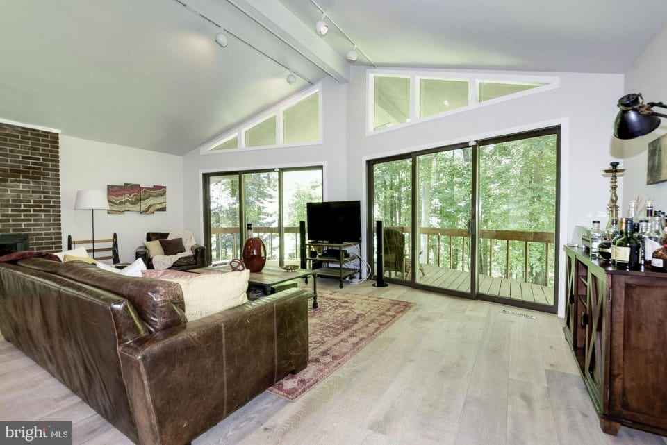 24200 Woodfield School Rd preview
