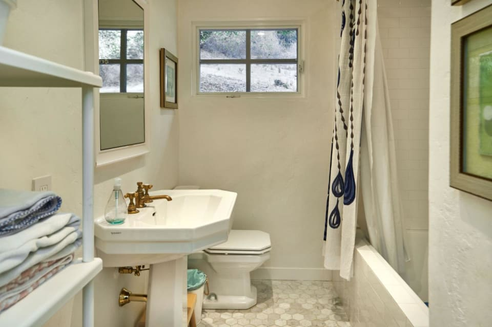 3338 Alpine Rd preview