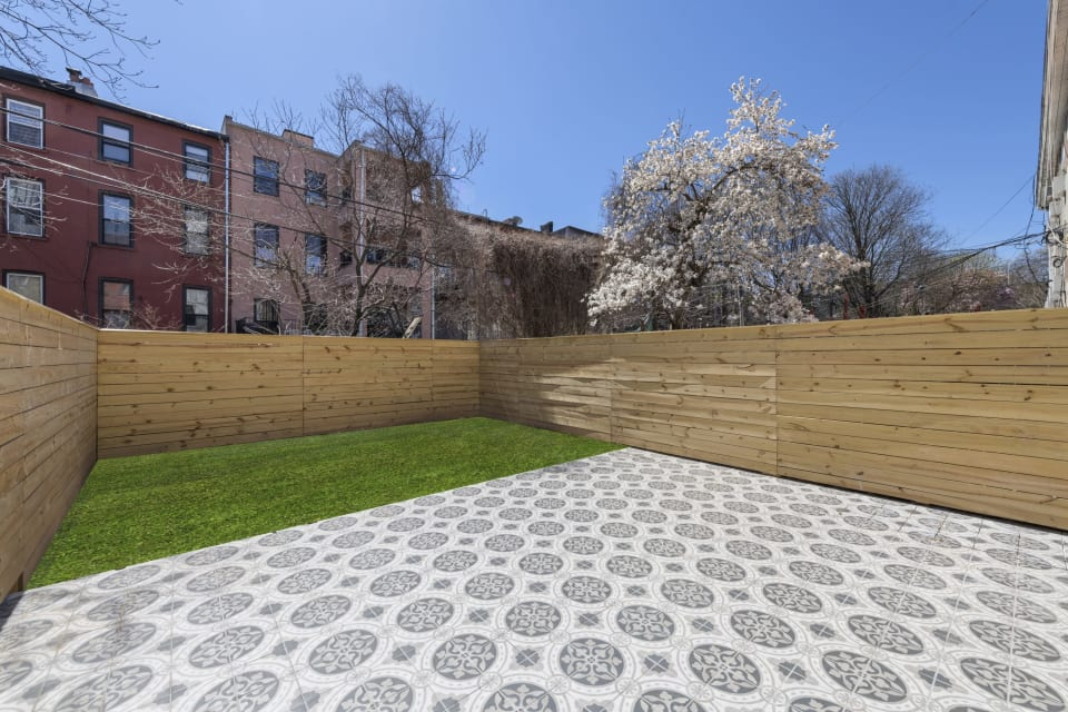 228 Quincy Street Unit 1B preview