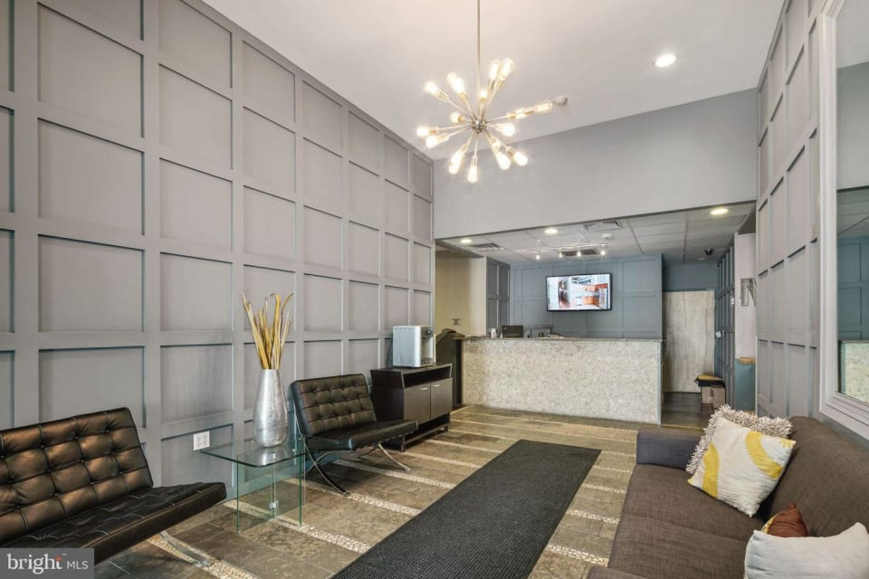 1100 S Broad St, #402C preview