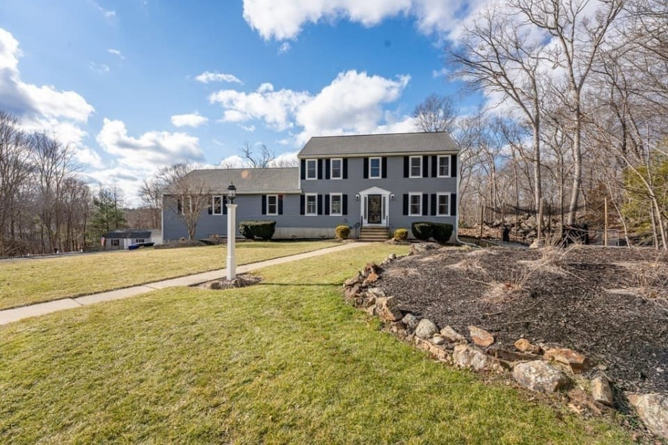 11 Spruce Circle, Hopedale preview