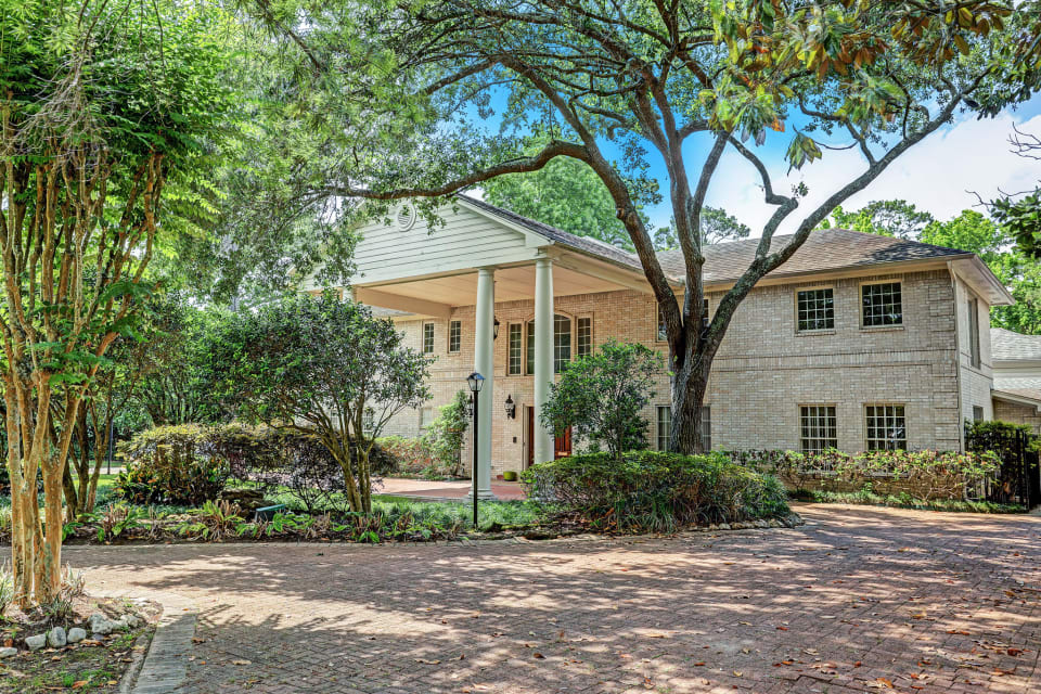 Rare River Oaks Dream Home Lot Goes Up for Auction With $5.5 Million as the Starting Point