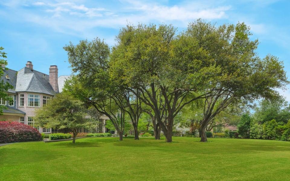 2 Abbey Woods Lane photo