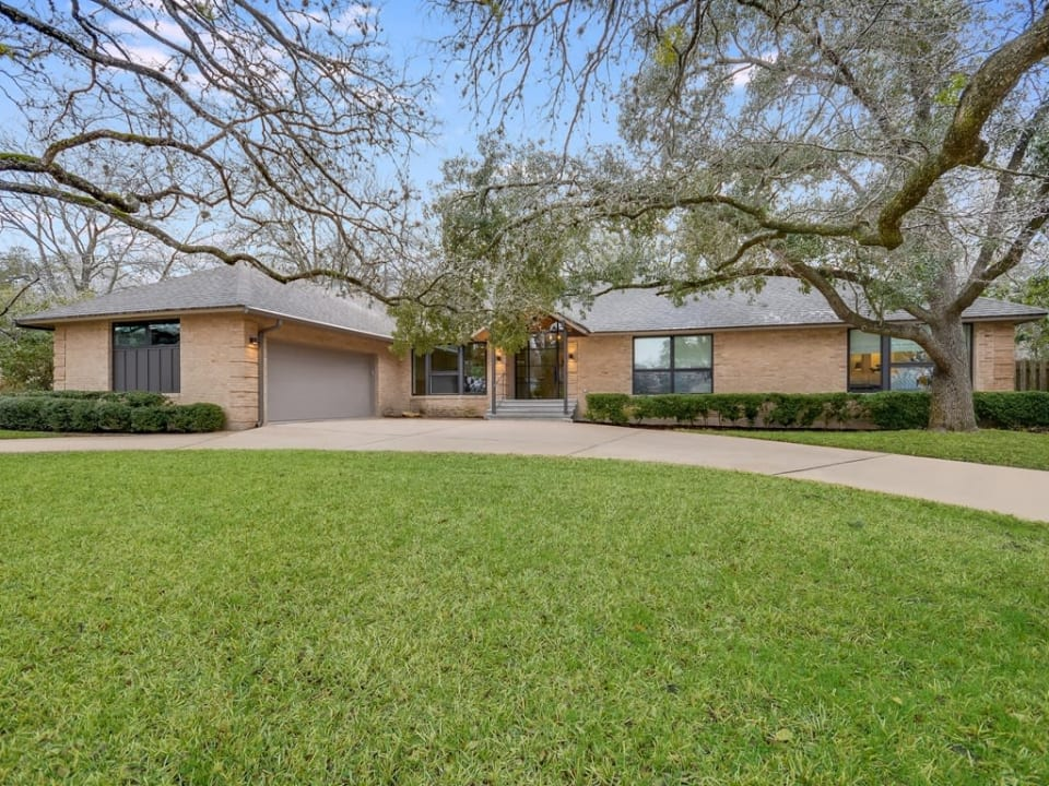 3705 Edgemont Dr preview