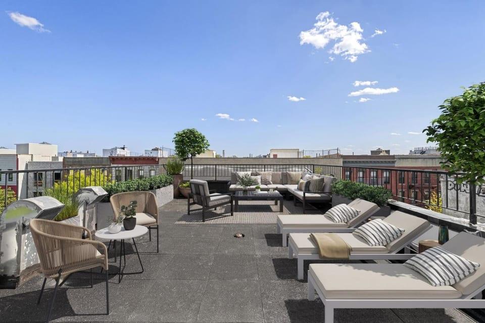 573 Gates Avenue, Unit 2R preview