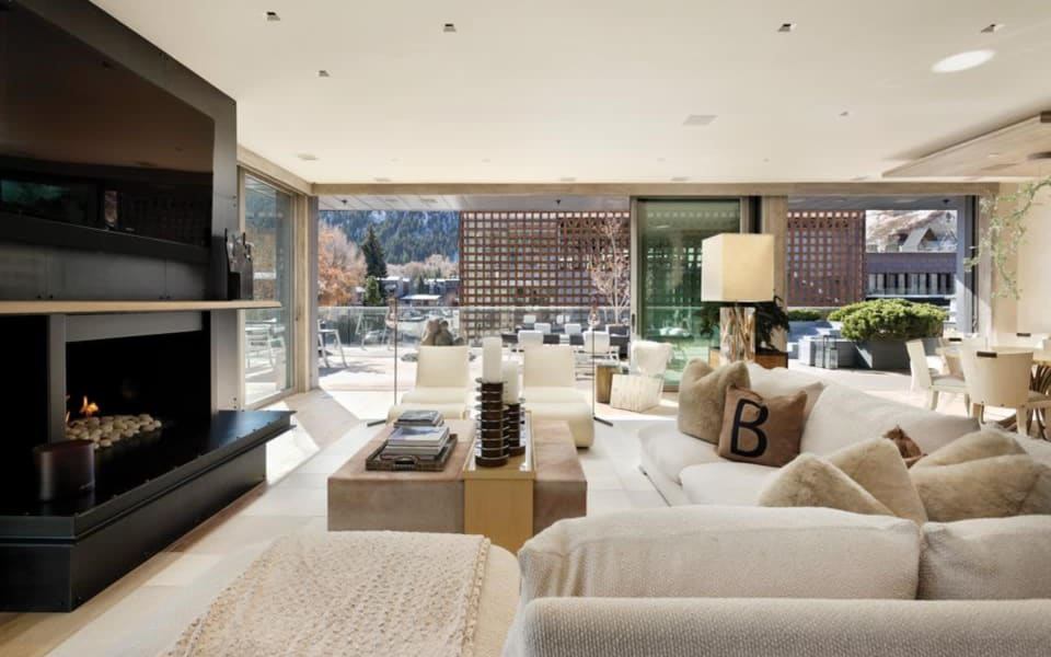 Business Executive Pays $11.23 Million For Aspen's Priciest Penthouse cover
