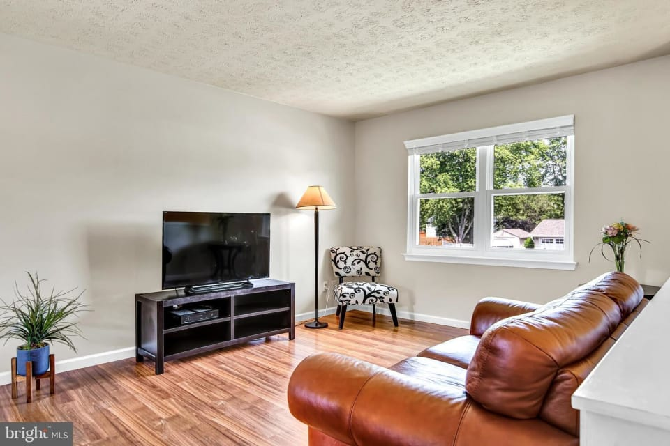 5607 Lee Way Dr preview