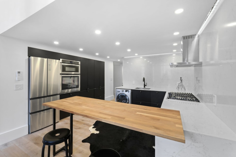205 10th St, #3N preview
