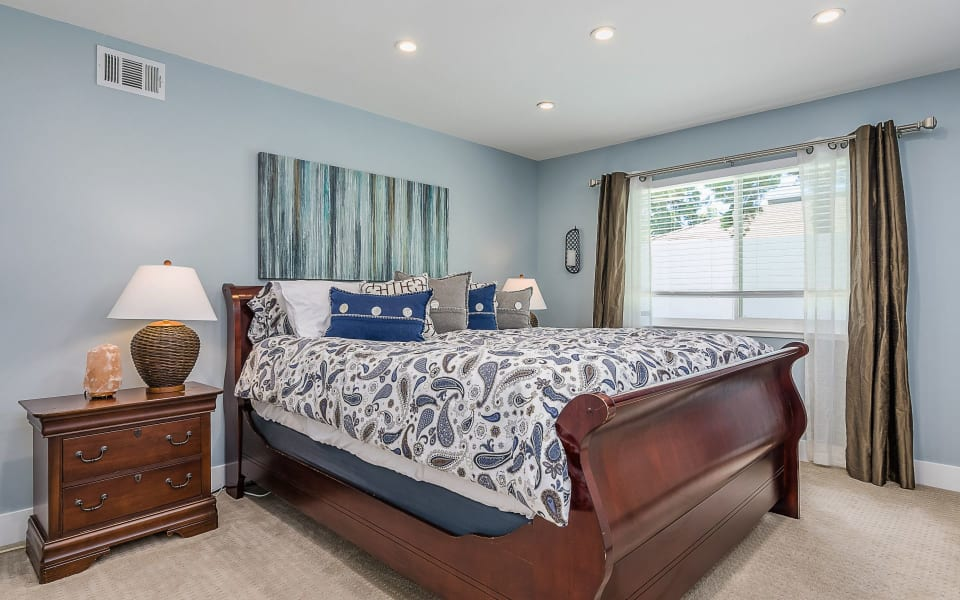 1419 Carriage Dr preview