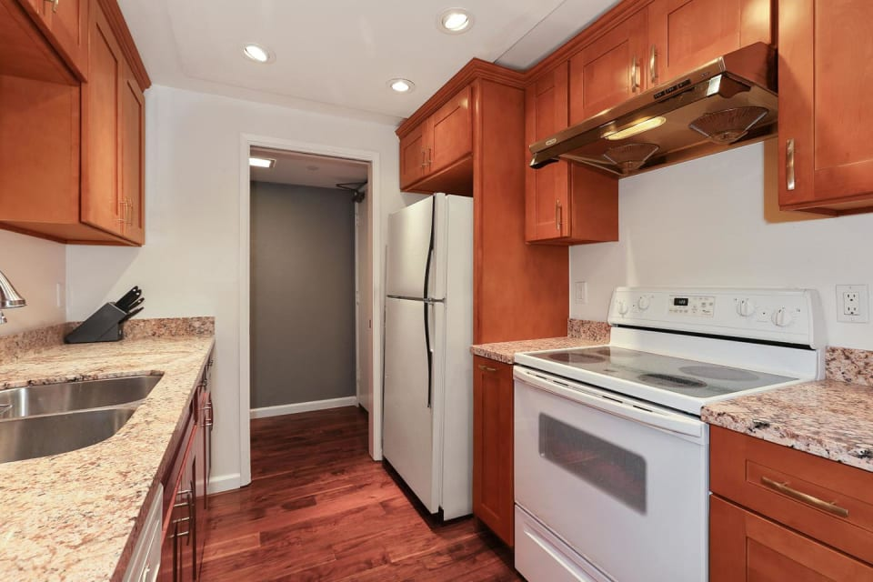 1210 Bellevue Ave, #202 preview