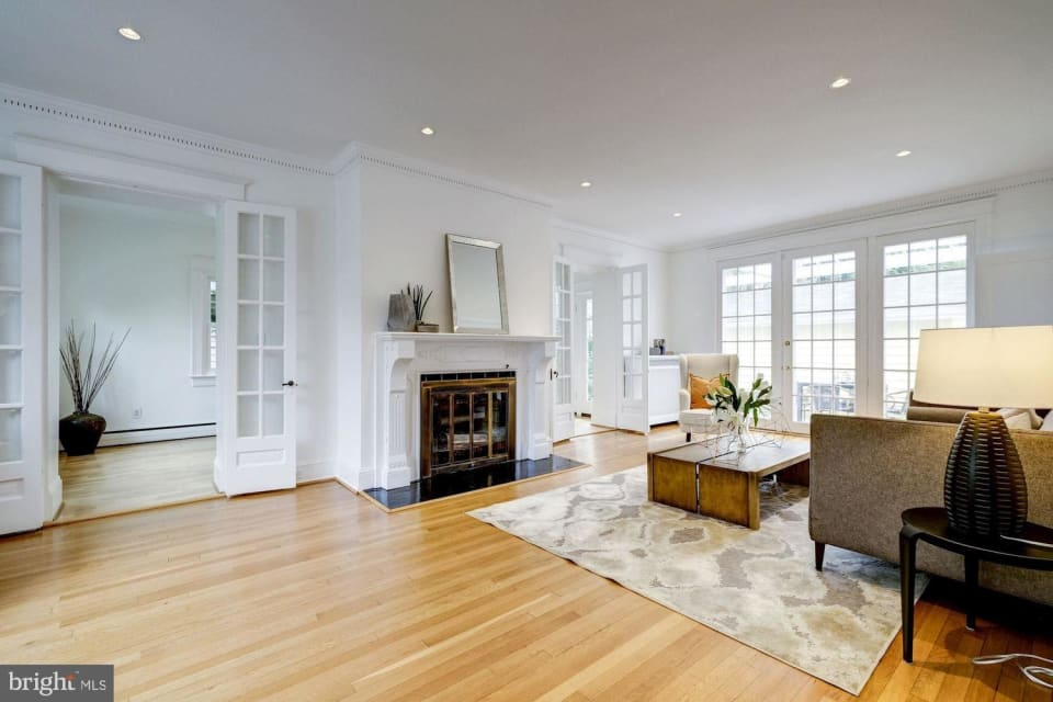 3754 Jocelyn St NW preview