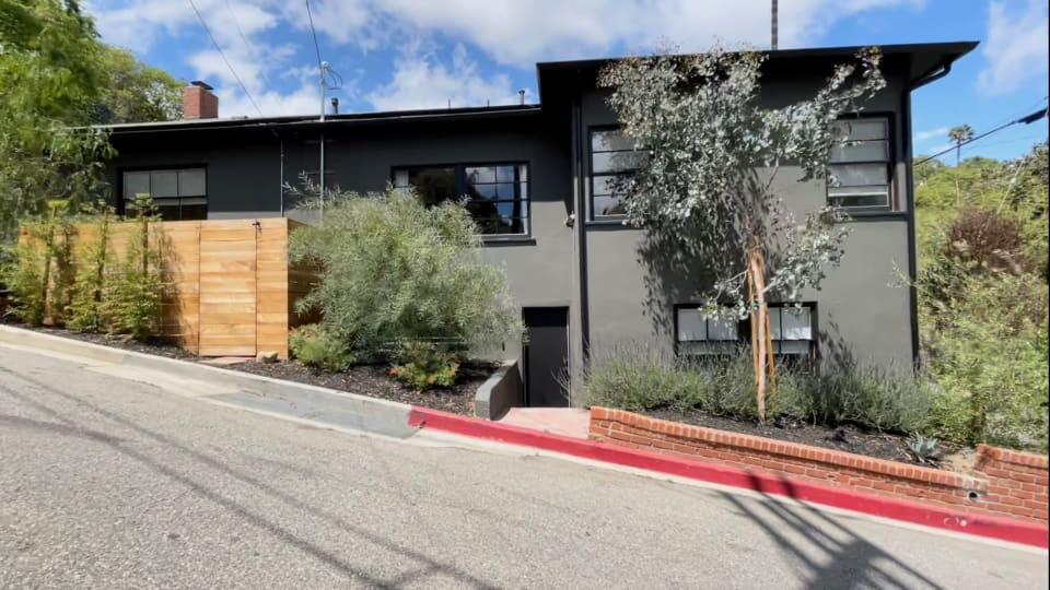 2543 Canyon Dr preview