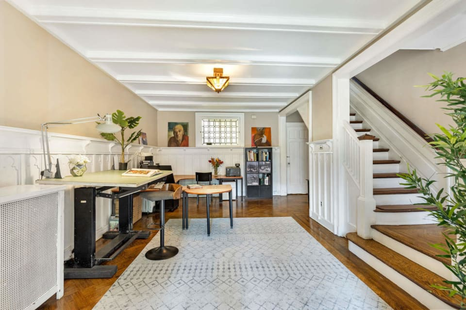 361 Parkside Ave preview